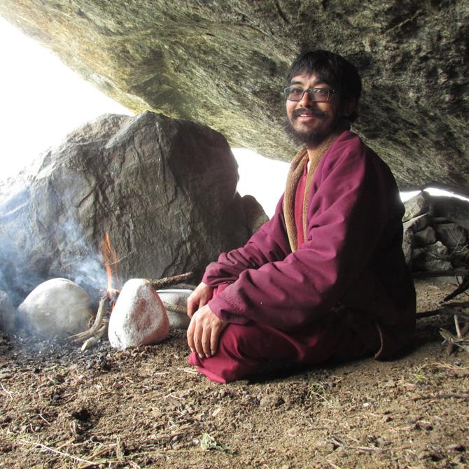 mingyur-rinpoche-glasses